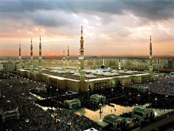 Мечеть Пророка на рассвете